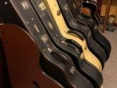 5 acoustic guitar case rack