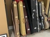electric-guitar-case-holder