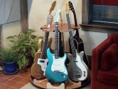 rotating guitar stand